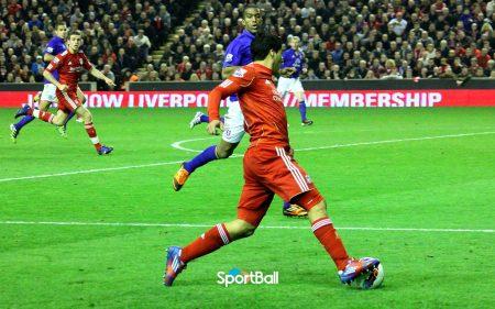 trayectoria de Luis Suárez: Liverpool