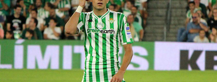 Marc Bartra, clave en la defensa del Betis de Setién.