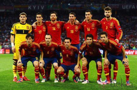 Once inicial español que ganó la final de la Eurocopa 2012 frente a Italia: Foto: Bekia