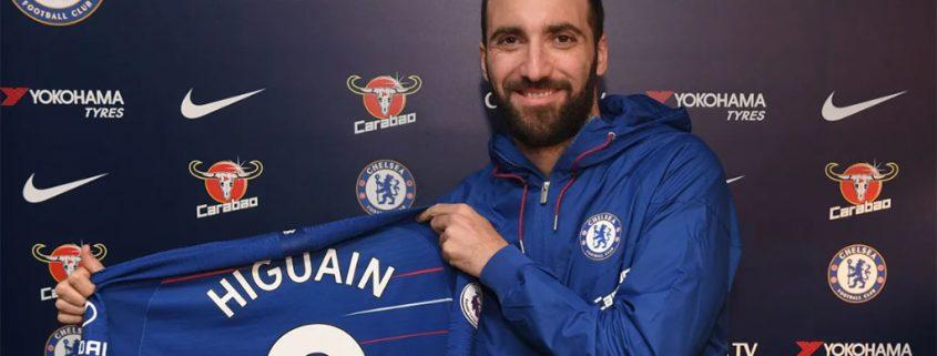 Higuain ya es oficialmente delantero del Chelsea.