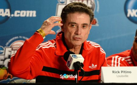 Rick_Pitino,_2013_Final_Four_Louisville-Panathinaikos