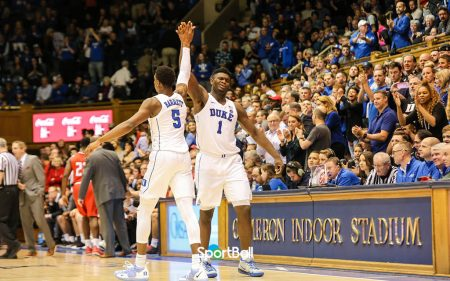 RJ Barrett y Zion Williamson en los Duke Blue Devils