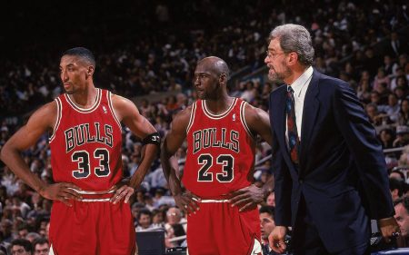 Scottie Pippen - Michael Jordan - Phil Jackson - Chicago Bulls