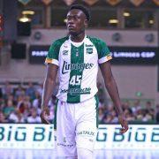 Cómo juega Sekou Doumbouya