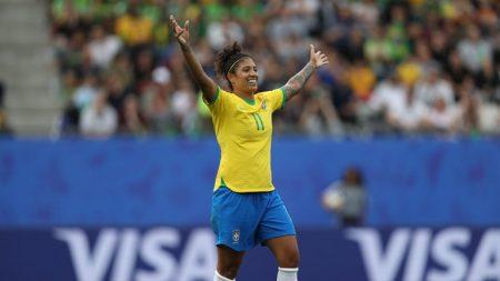 Cristiane anotó un hat-trick para Brasil ante Jamaica
