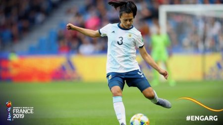 Argentina se queda con un punto tras dos partidos. Imagen vía: Fifa.com