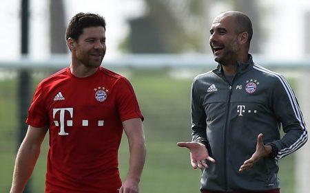 Xabi Alonso y Pep Guardiola durante su estancia en el Bayern Munich