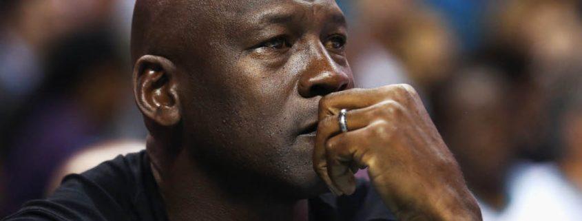 Michael Jordan está fracasando como General Manager de los harlotte Hornets.