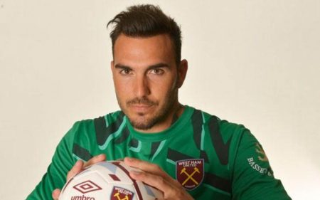Roberto Jiménez left Espanyol to sign for West Ham