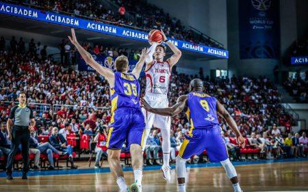Cedi Osman será uno de los jugadores a seguir de Turquía en el Mundial de baloncesto de 2019.