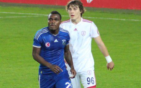 Çağlar Söyüncü, durante un partido con el Altinordu.