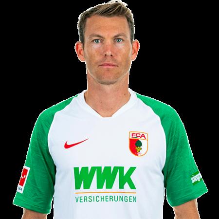 Jugadores y plantilla del Augsburgo 2019-2020 - Stephan Lichtsteiner