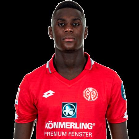 Jugadores y plantilla del Mainz 05 2019-2020 - Moussa Niakhaté