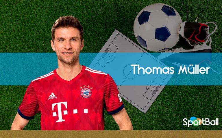 ¿Cuál es la posición de Thomas Müller?