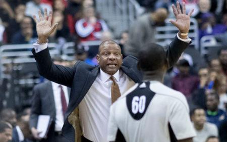 Doc Rivers como entrenador de Boston Celtics.