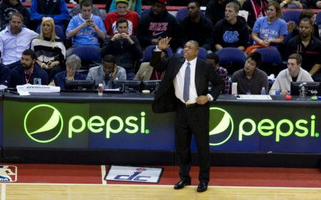 Doc Rivers como entrenador de Los Angeles Clippers.