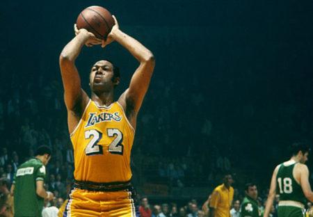 Elgin Baylor es uno de los jugadores con más puntos en un partido de la NBA.