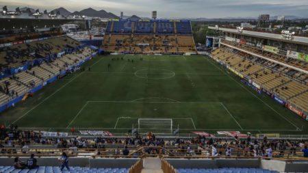 Estadio vacíos de público en la liga Ascenso MX