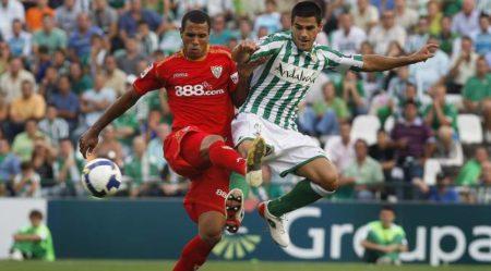Juanito es uno de los jugadores del Betis que han jugado en la Selección Española.