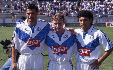 Míchel, Emilio Butragueño y Hugo Sánchez con la camiseta del Atlético Celaya