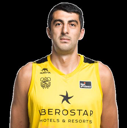 Gio Shermadini es uno de los jugadores del Iberostar Tenerife 2020-2021
