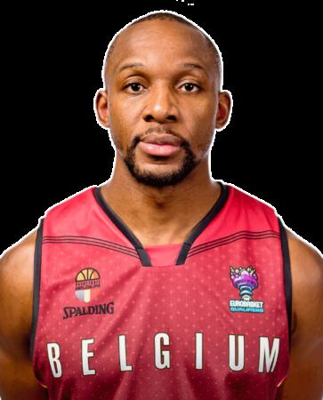Jonathan Tabu es uno de los jugadores del BAXI Manresa 2020-2021