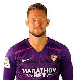 Tomas Vaclik es uno de los jugadores del Sevilla 2020-2021