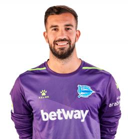 Fernando Pacheco es uno de los jugadores del Alavés 2020-2021